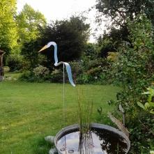 EDMOND , qui a trouvé naturellement sa place dans notre jardin, près du bassin (Bassin de Neptune ...du nom de notre poisson rouge)!!! Valérie et Marc